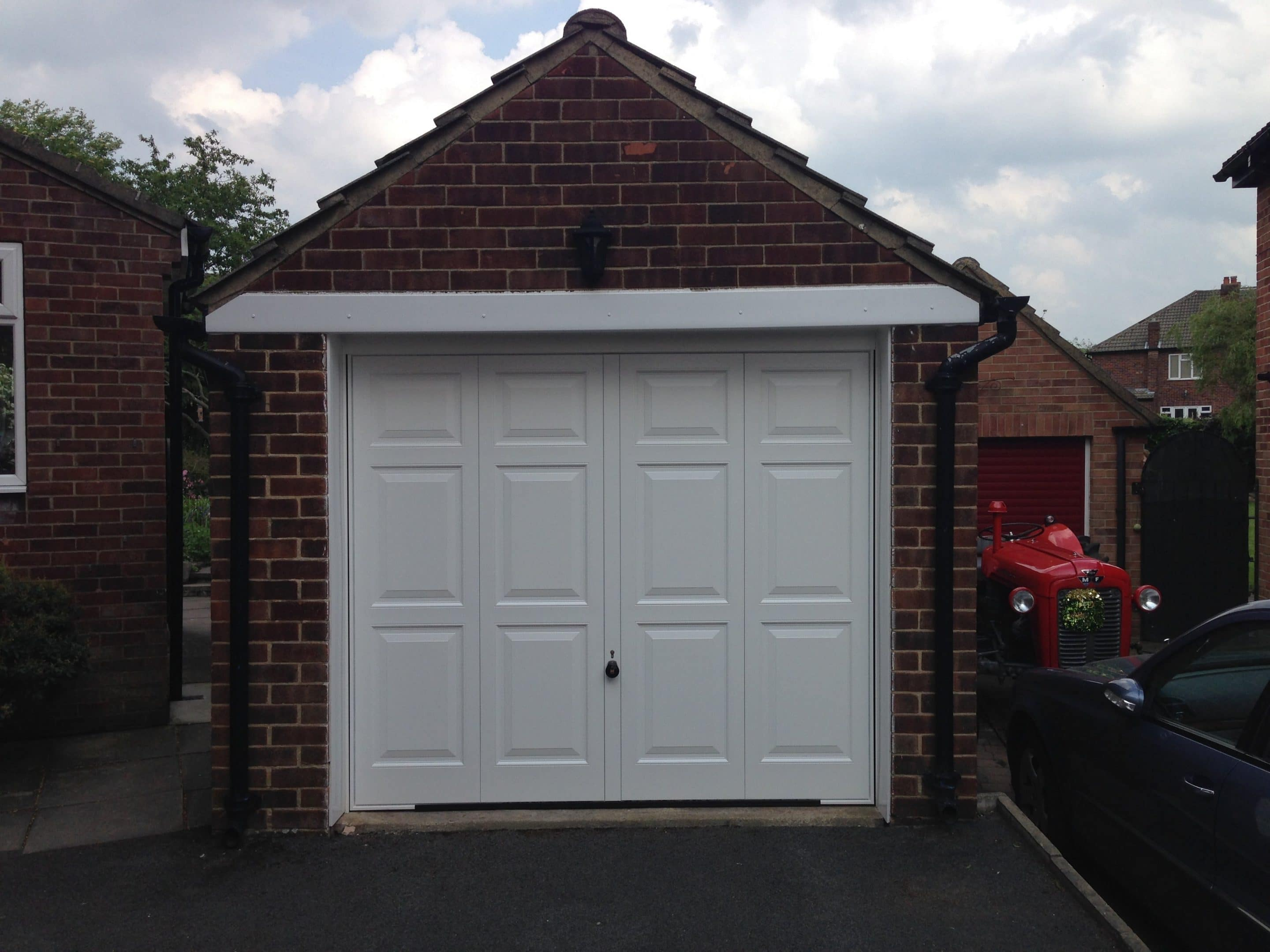 Hormann Georgian Style Up And Over Door With 4 Point