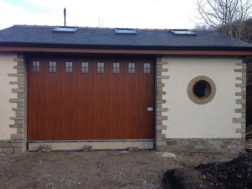 Side sliding garage doors gallery abi garage doors for Garage side entry door